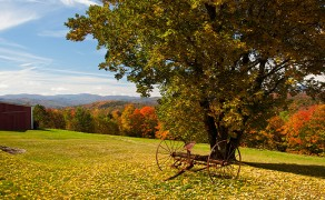 Autumn in New England's Villages